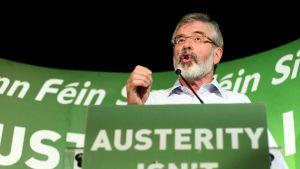 Sinn Fein med partiledaren Gerry Adams i spetsen motsätter sig finanspakten.