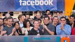 Facebook listades på börsen 18 maj 2012