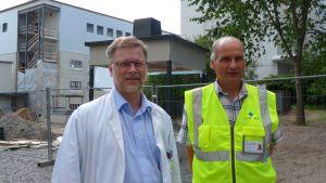 Auvo Rauhala och Håkan Knip vid Vasa centralsjukhus