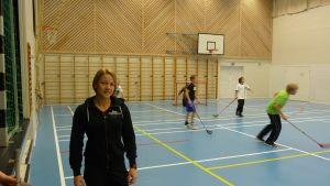 Gymnastiklärare Sini Hyytinen vid Korsholms högstadium