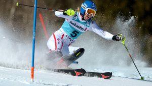 Marlies Schild deltar inte i torsdagens slalomtävling i Åre