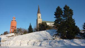 Hangö kyrka och vattentorn