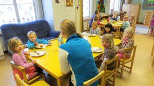Språkbadsdaghemmet i Jakobstad