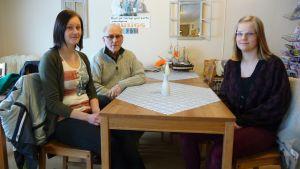Ida Björkman, Jarl Nystrand och Ellen Dahl.