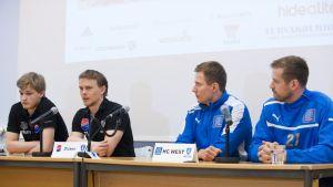 Dickens Mikael Mäkelä och Thomas Lindström - HC Wests Tapio Tierala och Olle Stenius