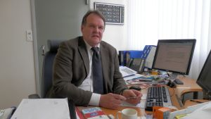 Finska gymnasiets rektor Hannu Sulkakoski