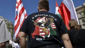 """""""Den ungerska marken är inte till salu""""."""