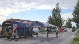 Förberedelserna är i full gång inför veckoslutets Tomatkarneval i Närpes.