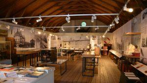 Hangö museums utställning om emigranter.