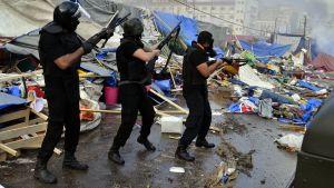 Mursi-anhängarnas läger stormas