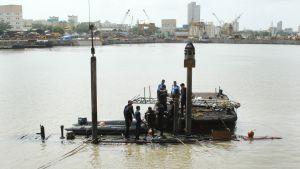 Alla sjömän ombord tros ha dött.