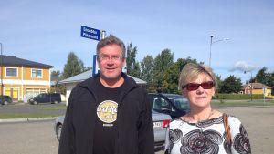 Hasse Lillkull och Ebba Dåhli långpendlar från Kristinestad