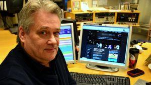 Svenna Martens och webbplatsen Vaasa-artists.fi