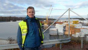 Hamndirektör Aki Marjasvaara i Lovisa