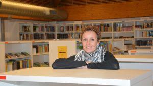Heidi Enberg är bibliotekschef i Raseborg