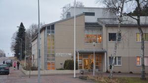 Karis hälsovårdscentral.