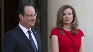Frankrikes president François Hollande med sin partner Valerie Trierweiler.