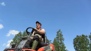 16-åriga Anton Näs i Kronoby.