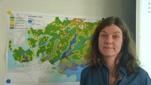 Projektledare Heidi Ekholm har varit med och tagit fram ett verktyg för avloppsvatten i Raseborg.