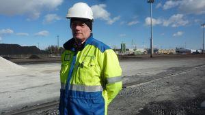 Vd René Fagerström är nöjd över att Inkoo Shipping får mera plats för båtar då bolaget hyr kolkraftverkets gamla hamn.