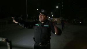 Polis utanför hotell Serena i Kabul
