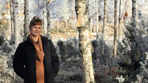 Esikoiskirjailija Sari Pöyliö