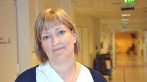 Avdelningsskötare Katarina Sjöblom på VNS.