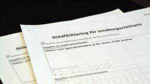 Pappersblankett om medborgarinitiativet för Vasa centralsjukhus.