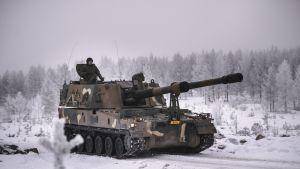 Pansarhaubitsen K9 Thunder