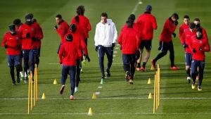PSG tränar inför kvällens match mot Chelsea.