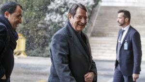 Den grekcypriotiska presidenten Nicos Anastasiades kräver att greker som flydde år 1974 från staden Morphou, får återvända hem