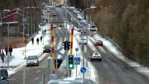 Första snön för säsongen på Brändö bro i Vasa.