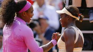 Serena Williams slog Sloan Stephens.