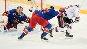 Tim Sestito gör Dinamo Rigas segermål mot Jokerit.