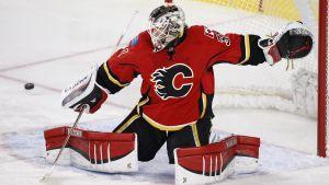 Karri Rämö har vaktat Calgarys mål i NHL.