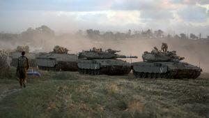 Israel inledde markoffensiv mot Gaza på torsdagen.