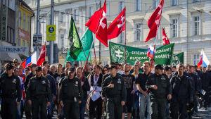 Anhängare till Vårt Slovakien demonsterade mot invandring i Bratislava i september 2015.