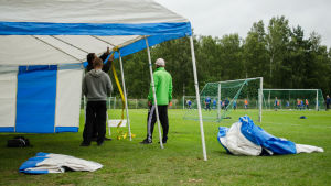Talkoarbete inför Wasa Footballcup.