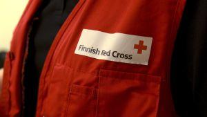 Hjälparbetare vid Finlands Röda Kors.