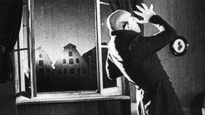 Max Schreck on vampyyri F.W. Murnaun elokuvassa Nosferatu (1922). Yksi Elämää suuremmat elokuvat -radiosarjassa käsitellyistä elokuvista.