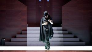 Ildebrando D'Arcangelo Don Giovannin roolissa Salzburgin juhlaviikoilla 2014
