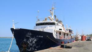 Fartyget C-star vid hamnen Famagusta på Nordcypern den 27 juli 2017.