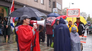 JHL:s manifestation på gågatan i Jakobstad.