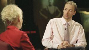 Toimittaja Maarit Tastula ja hiihtäjä Mika Myllylä