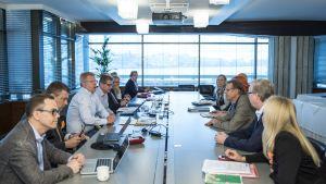 Löneförhandlingar 14.6.2015