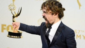 Peter Dinklage vinner sin andra Emmy för rollen som Tyrion Lannister i Game of Thrones.