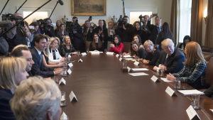 Donald Trump, Justine Trudeau och kvinnliga entreprenörer i Vita huset.