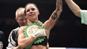 Eva Wahlström efter segern över Mayra Alejandra Gomez, maj 2017.
