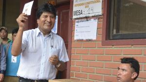 Bolivias president Evo Morales ser ut att förlora folkomröstningen om en grundlagsändring