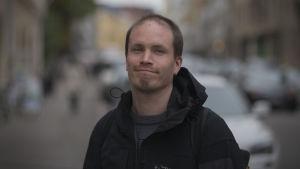 Teatteriohjaaja Akse Pettersson